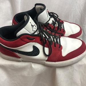Nike Air Jordan Retro V.1 Chicago Shoes Size 9 Low